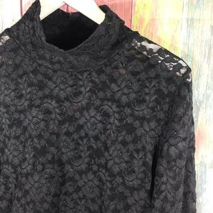 MODA long laced Top